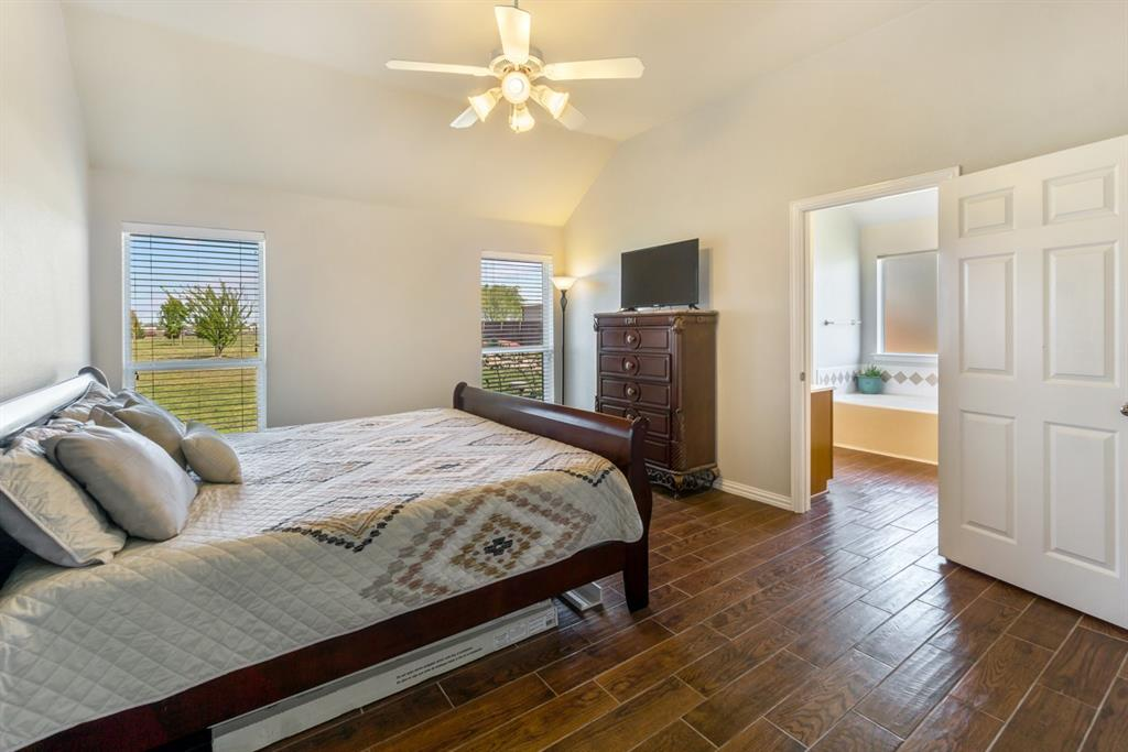 11210 Country Ridge  Lane, Forney, Texas 75126 - acquisto real estate best negotiating realtor linda miller declutter realtor