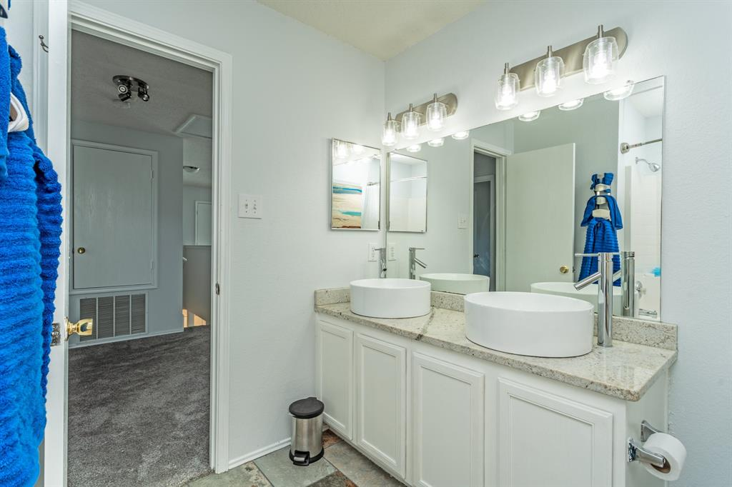 1401 Daisy Drive, Lancaster, Texas 75134 - acquisto real estate best plano real estate agent mike shepherd