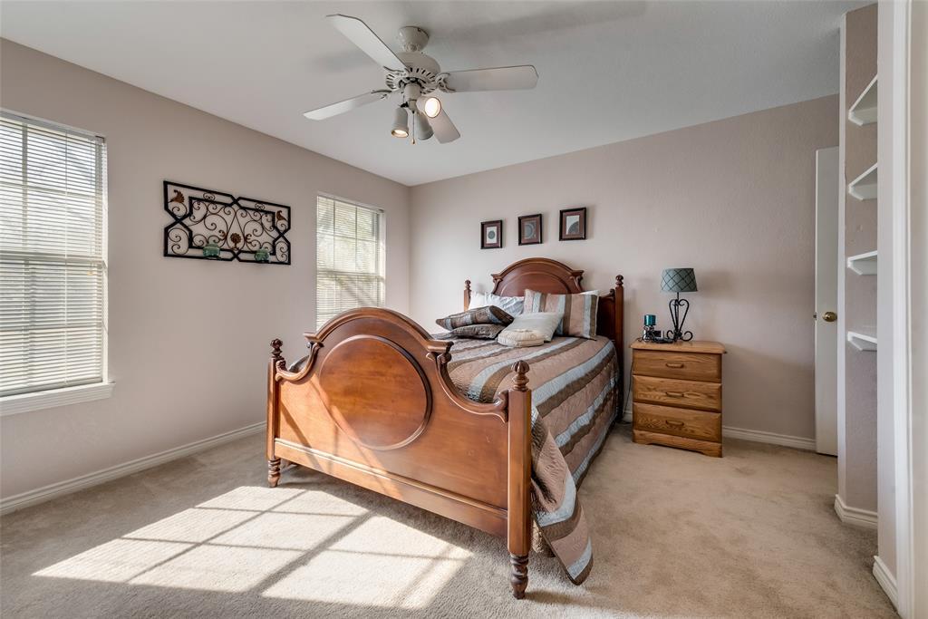 1506 Canterbury Court, Grand Prairie, Texas 75050 - acquisto real estate best listing photos hannah ewing mckinney real estate expert