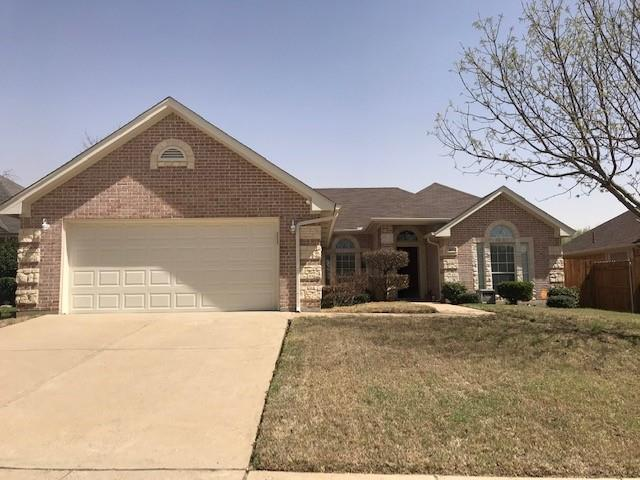 924 Rolling Meadows  Drive, Burleson, Texas 76028 - Acquisto Real Estate best plano realtor mike Shepherd home owners association expert