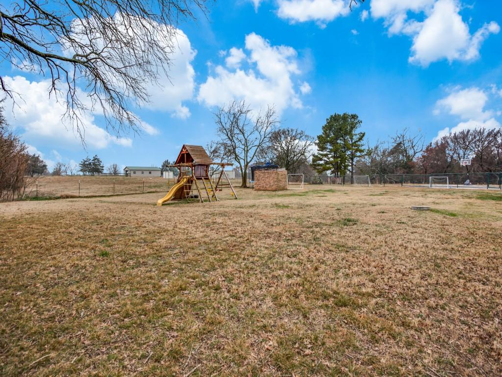 1690 Davy Lane, Denison, Texas 75020 - acquisto real estate best investor home specialist mike shepherd relocation expert