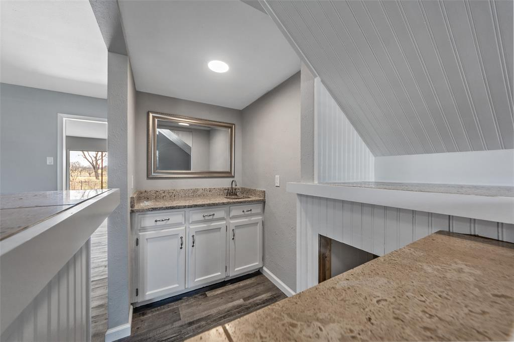 2412 Via Bonita  Carrollton, Texas 75006 - acquisto real estate best highland park realtor amy gasperini fast real estate service