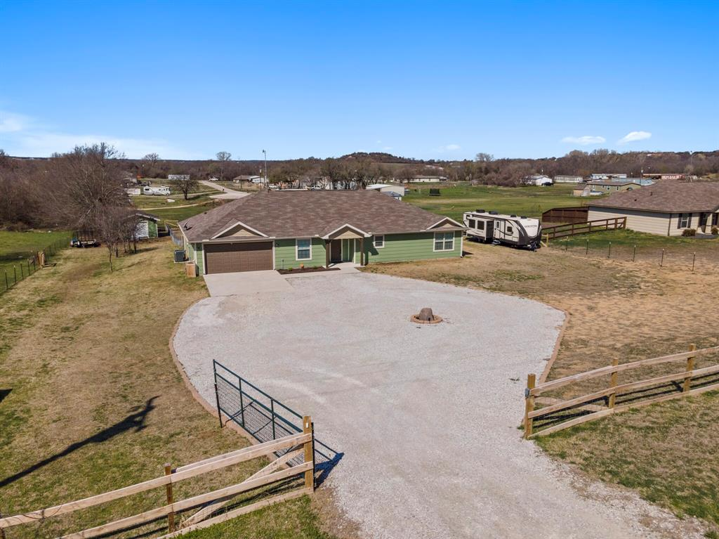 166 Blue Sky Lane, Springtown, Texas 76082 - acquisto real estate mvp award real estate logan lawrence
