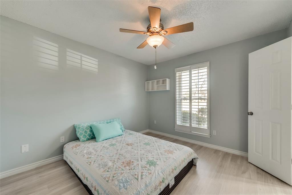 305 Stony Creek Drive, DeSoto, Texas 75115 - acquisto real estate best new home sales realtor linda miller executor real estate