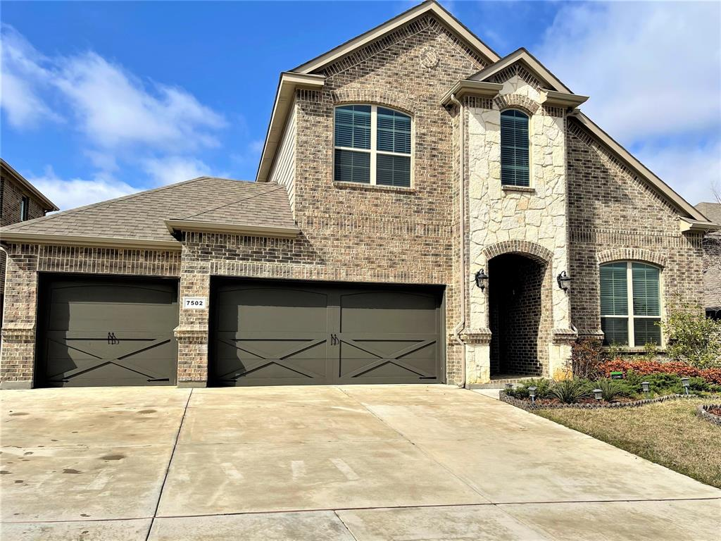 7502 Sweetwater Lane, Arlington, Texas 76002 - Acquisto Real Estate best plano realtor mike Shepherd home owners association expert