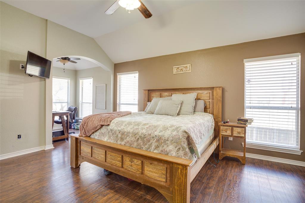 1341 Spinnaker Lane, Azle, Texas 76020 - acquisto real estate best luxury buyers agent in texas shana acquisto inheritance realtor