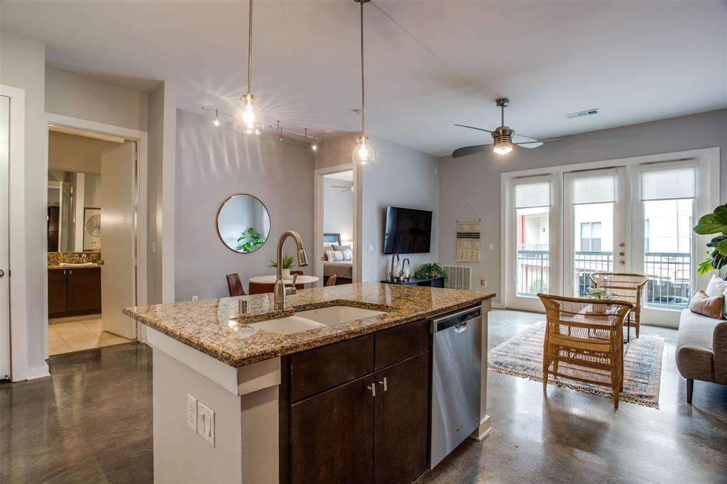 2950 Mckinney Avenue, Dallas, Texas 75204 - acquisto real estate best real estate company in frisco texas real estate showings