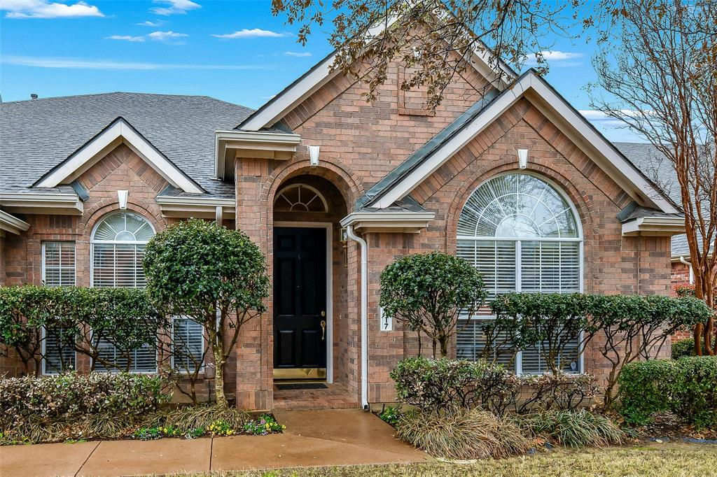 2117 Woodview Drive, Flower Mound, Texas 75028 - acquisto real estate best the colony realtor linda miller the bridges real estate