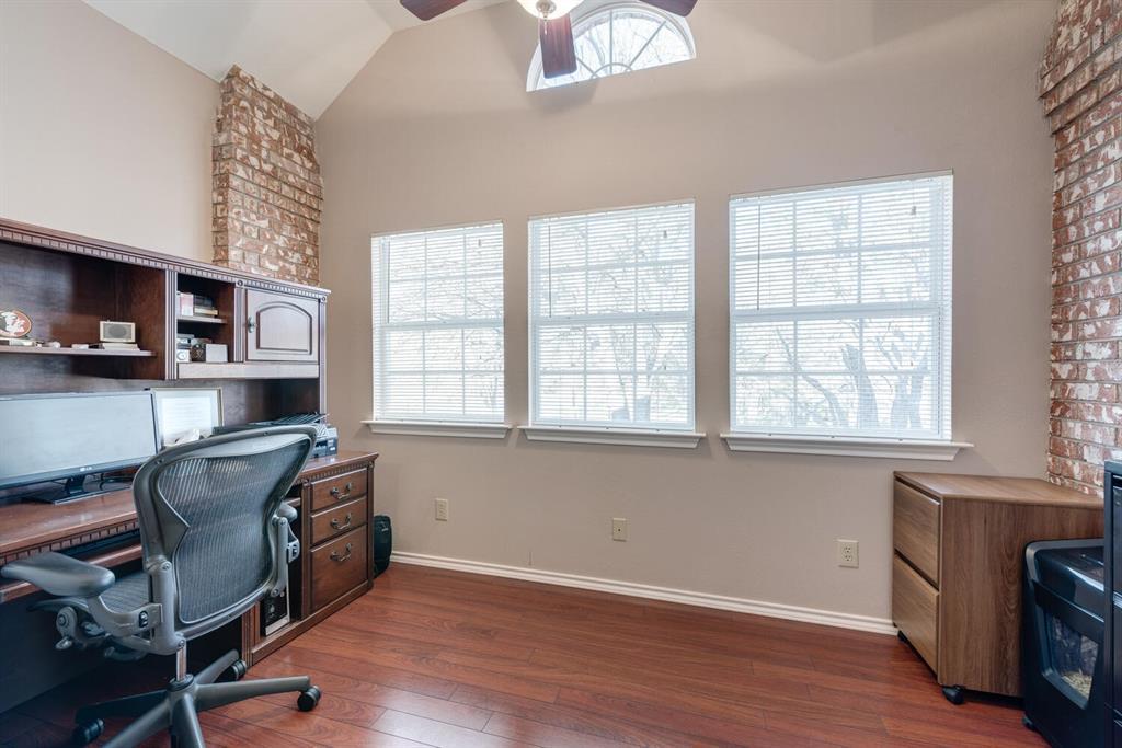 202 Rochelle Court, Colleyville, Texas 76034 - acquisto real estate best negotiating realtor linda miller declutter realtor