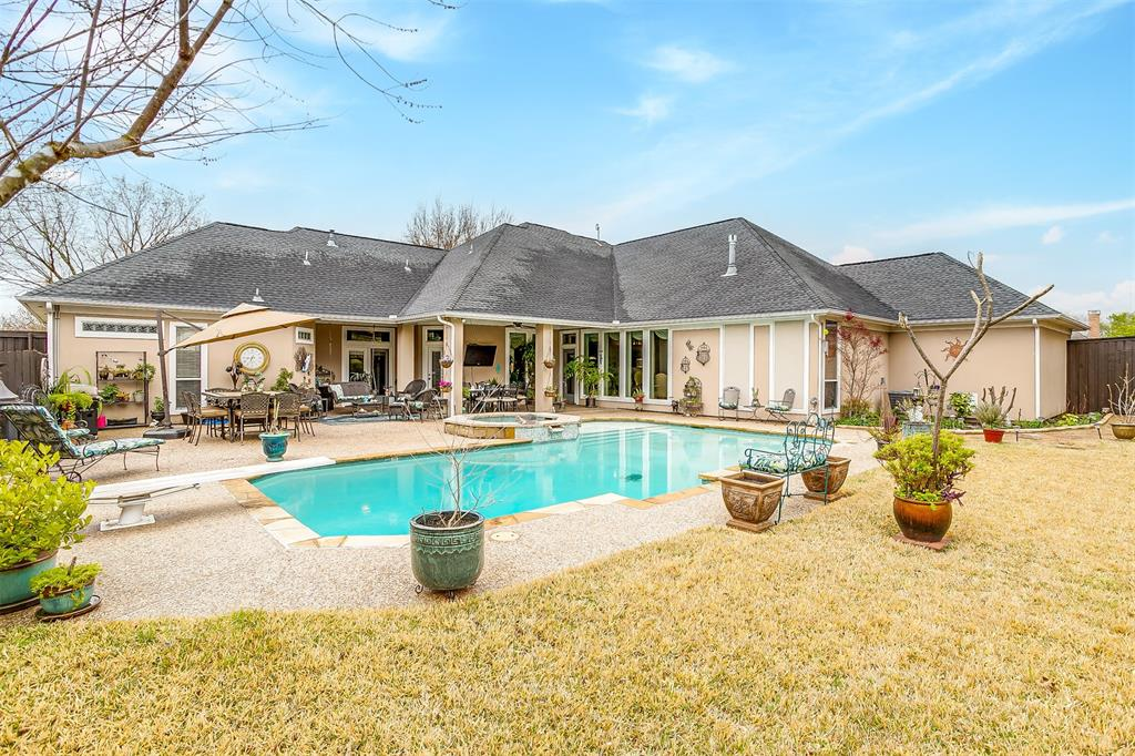 107 Nob Hill Lane, Ovilla, Texas 75154 -
