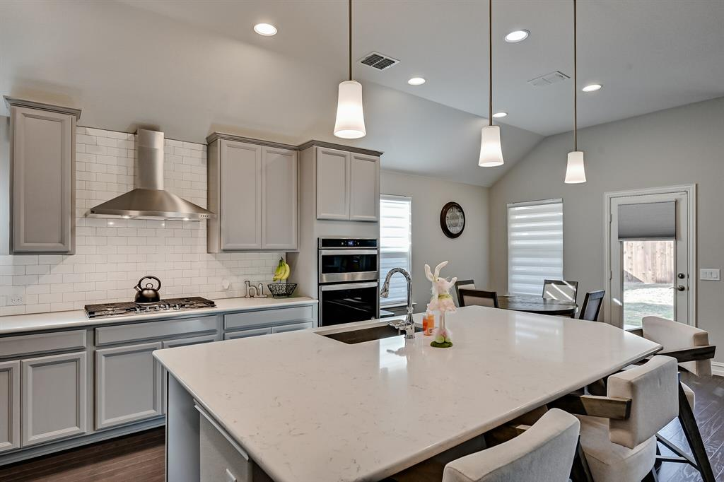 3200 Paxon Drive, Mansfield, Texas 76084 - acquisto real estate best photos for luxury listings amy gasperini quick sale real estate