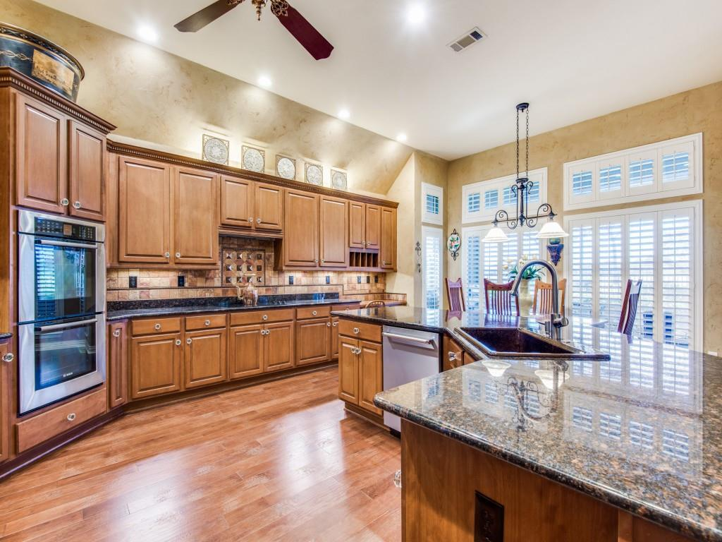 9005 Crestview Drive, Denton, Texas 76207 - acquisto real estate best listing listing agent in texas shana acquisto rich person realtor