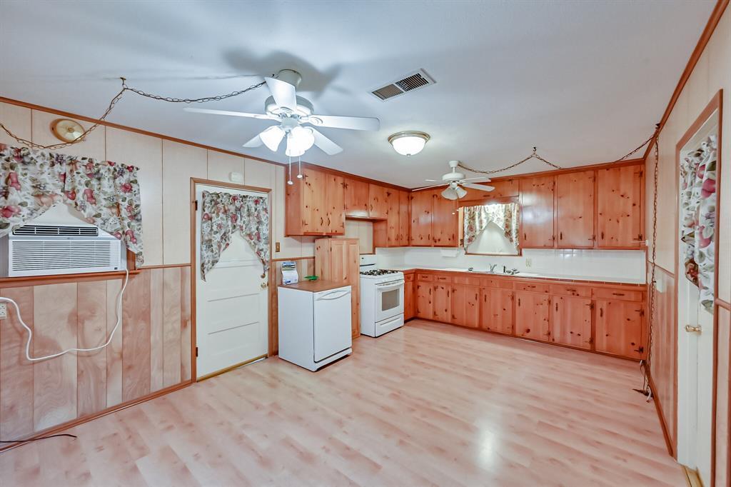 409 Kimbrough Street, White Settlement, Texas 76108 - acquisto real estate best allen realtor kim miller hunters creek expert