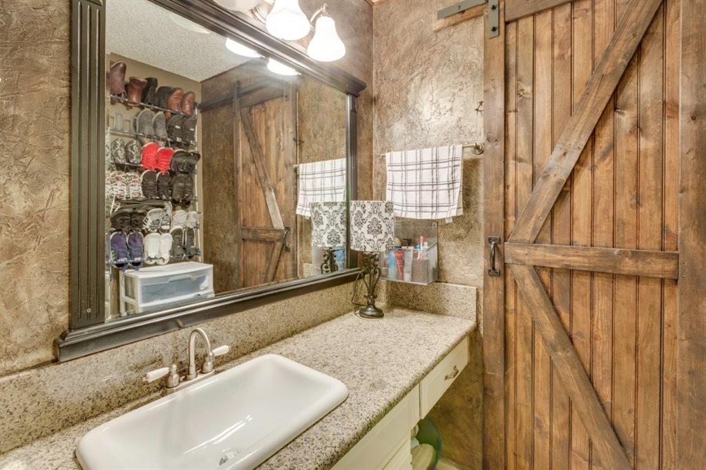 4434 Wind River Lane, Garland, Texas 75042 - acquisto real estate best new home sales realtor linda miller executor real estate