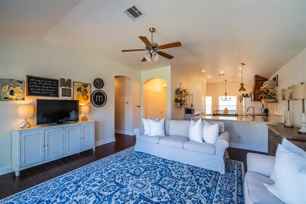1643 Hillside  Drive, Waxahachie, Texas 75165 - acquisto real estate best allen realtor kim miller hunters creek expert