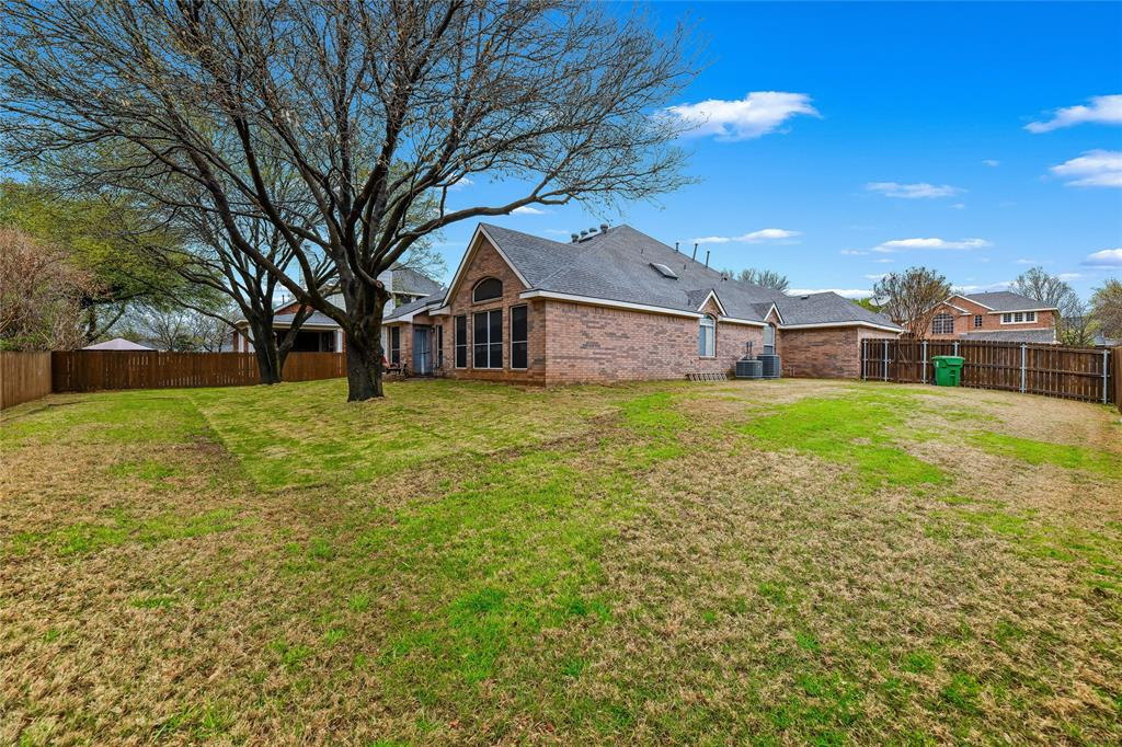 2117 Woodview Drive, Flower Mound, Texas 75028 - acquisto real estate mvp award real estate logan lawrence
