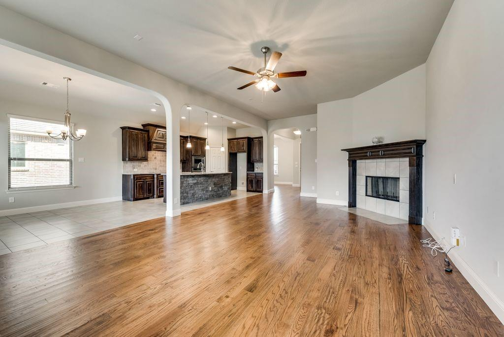 420 Foxtail Court, Waxahachie, Texas 75165 - acquisto real estate best celina realtor logan lawrence best dressed realtor
