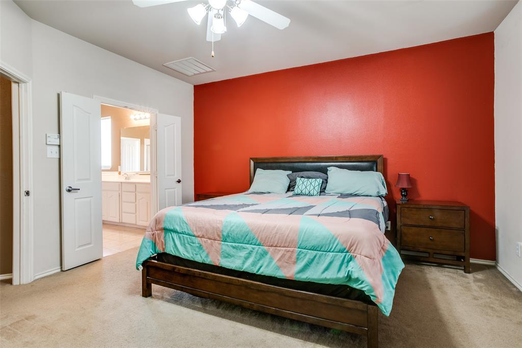 528 Winbridge Lane, Fort Worth, Texas 76052 - acquisto real estate best new home sales realtor linda miller executor real estate
