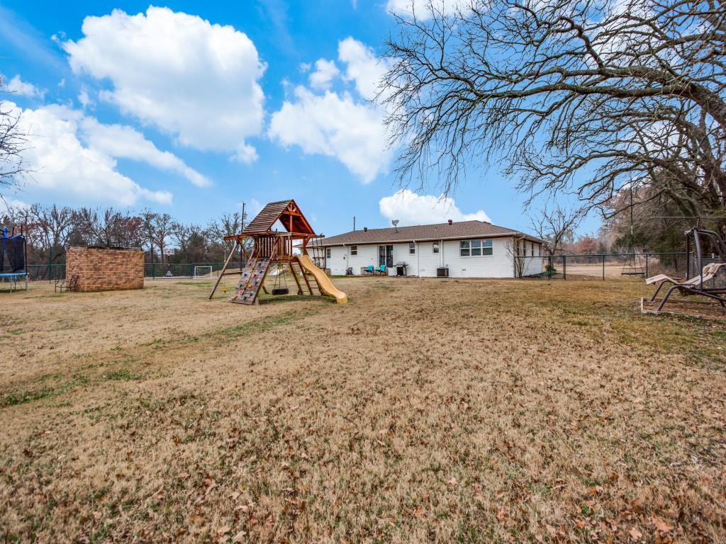 1690 Davy Lane, Denison, Texas 75020 - acquisto real estate best photos for luxury listings amy gasperini quick sale real estate