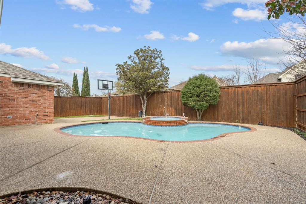 956 Gibbs Crossing, Coppell, Texas 75019 - acquisto real estate best negotiating realtor linda miller declutter realtor