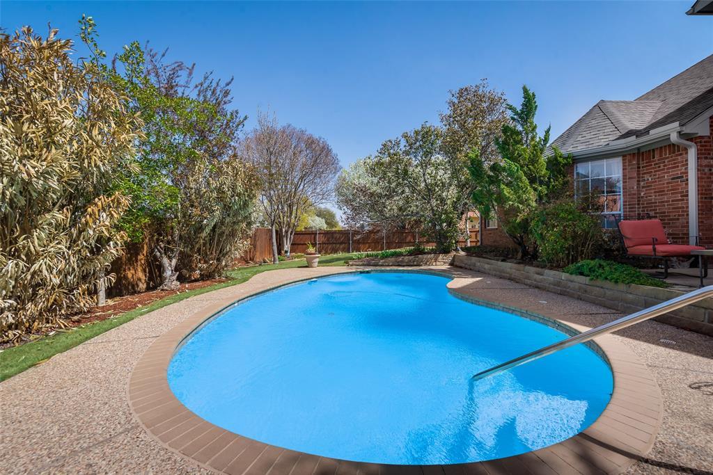 2202 Broadoak Way, Colleyville, Texas 76034 - acquisto real estate best negotiating realtor linda miller declutter realtor