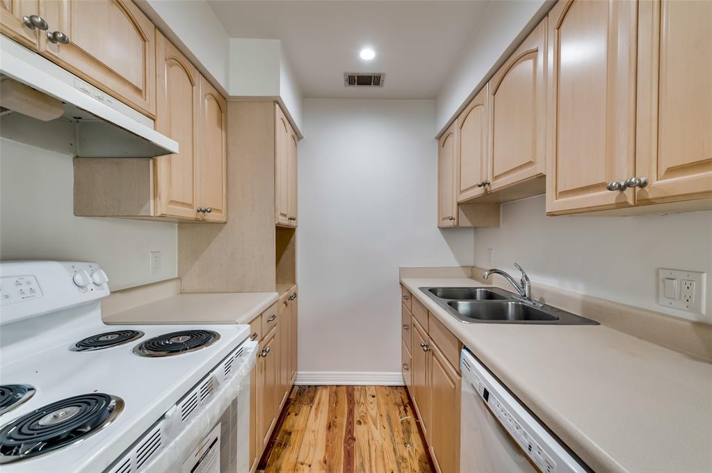 4134 Prescott Avenue, Dallas, Texas 75219 - acquisto real estate best luxury buyers agent in texas shana acquisto inheritance realtor