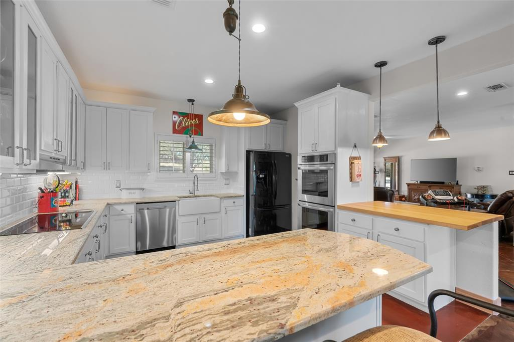 1922 County Road 2021 Glen Rose, Texas 76043 - acquisto real estate best real estate company in frisco texas real estate showings