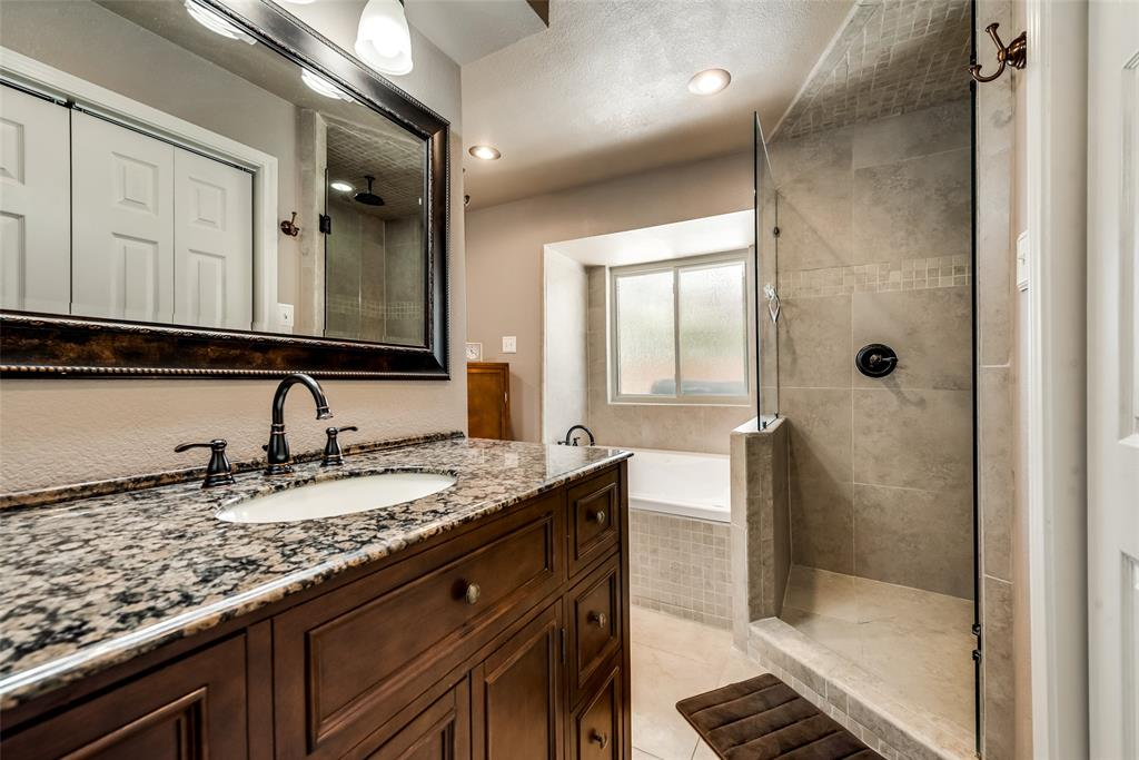 1100 Yorkshire  Drive, Carrollton, Texas 75007 - acquisto real estate best frisco real estate agent amy gasperini panther creek realtor