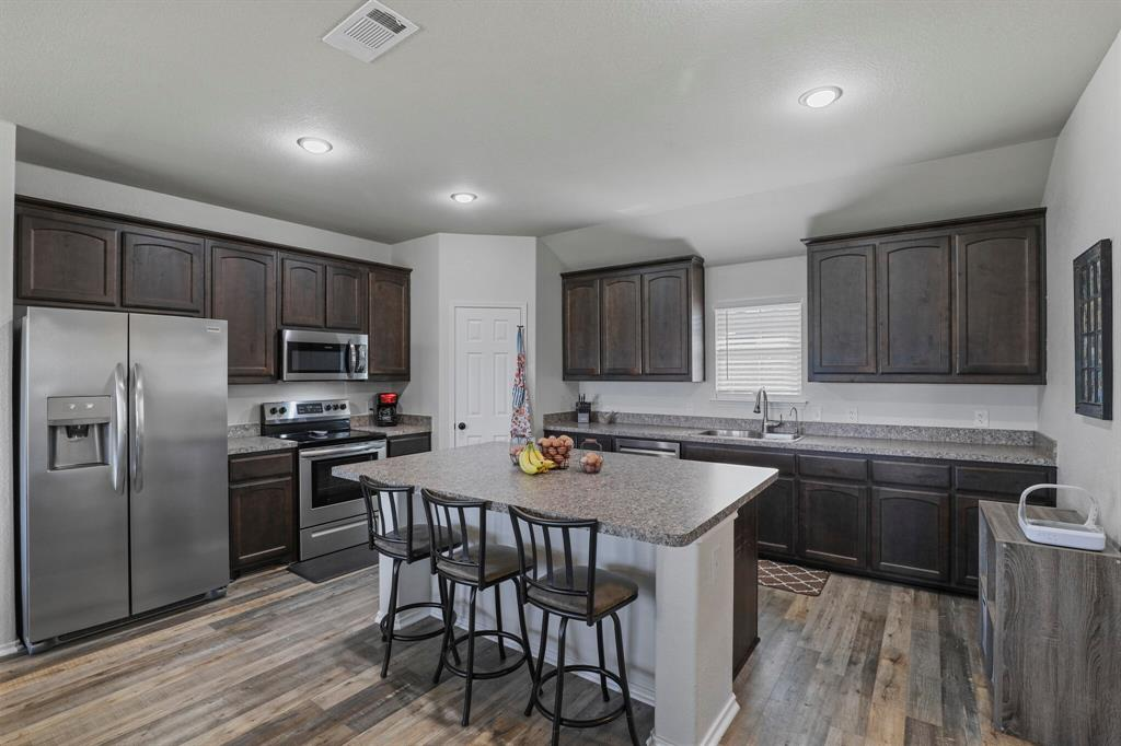 166 Blue Sky Lane, Springtown, Texas 76082 - acquisto real estate best celina realtor logan lawrence best dressed realtor