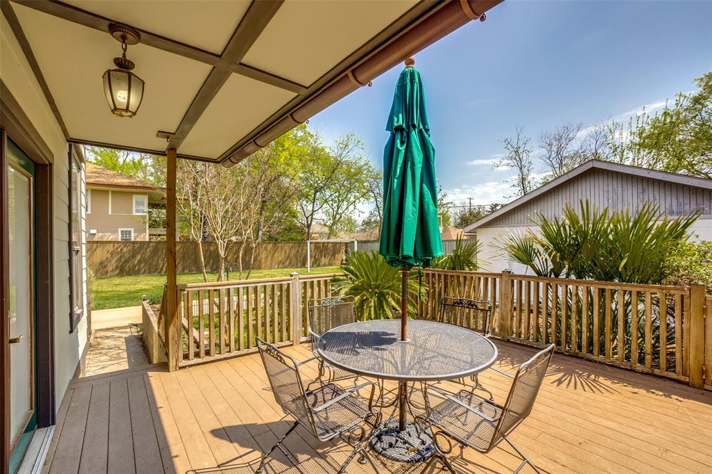 4612 Live Oak Street, Dallas, Texas 75204 - acquisto real estate best realtor foreclosure real estate mike shepeherd walnut grove realtor