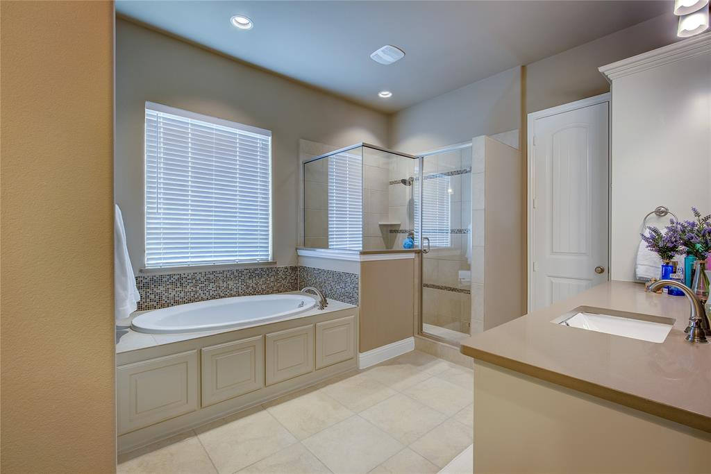 4194 Ravenbank Drive, Rockwall, Texas 75087 - acquisto real estate best photo company frisco 3d listings
