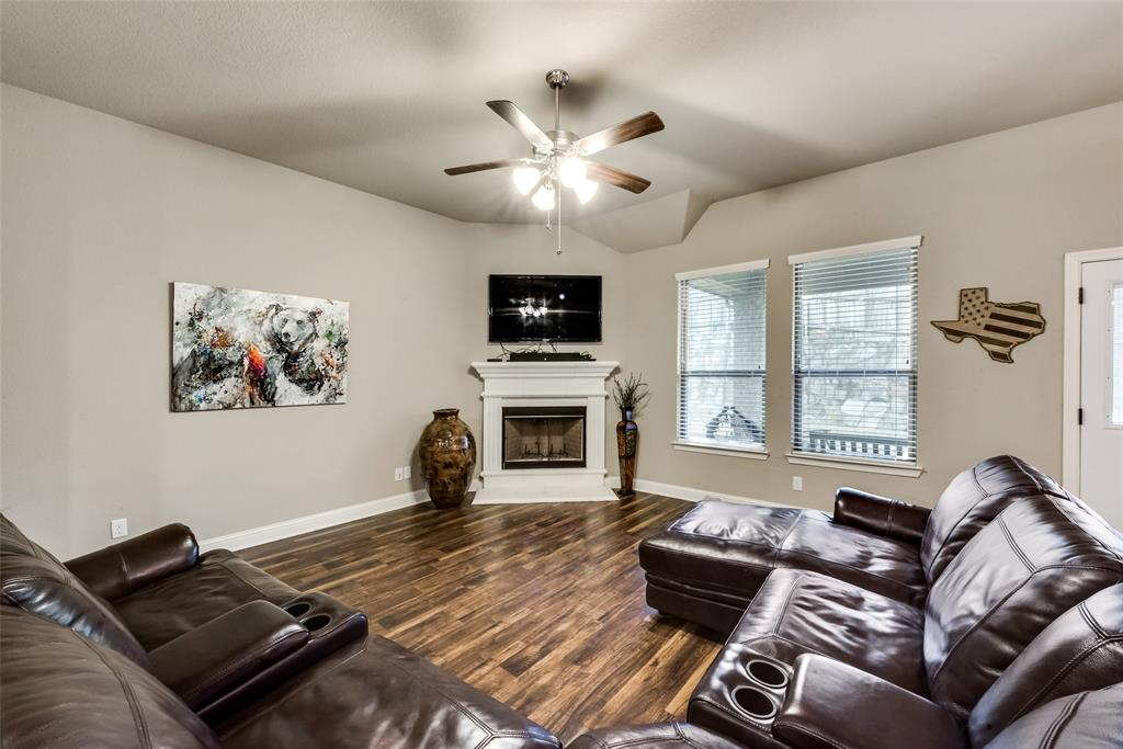 9704 Mullins Crossing Drive, Fort Worth, Texas 76126 - acquisto real estate best celina realtor logan lawrence best dressed realtor