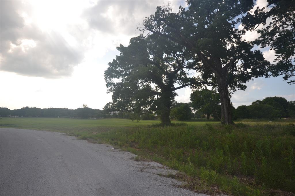 1406 Isabella  Court, Aurora, Texas 76078 - acquisto real estate best highland park realtor amy gasperini fast real estate service