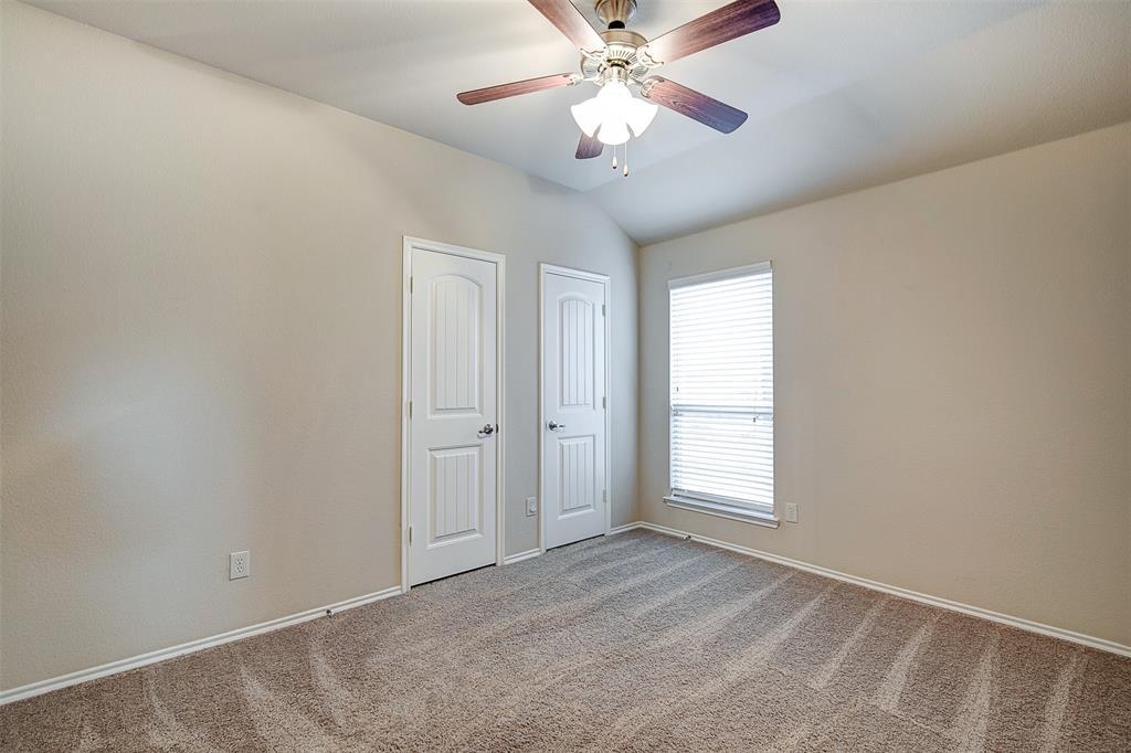 1727 Park Trails Boulevard, Princeton, Texas 75407 - acquisto real estate best listing photos hannah ewing mckinney real estate expert
