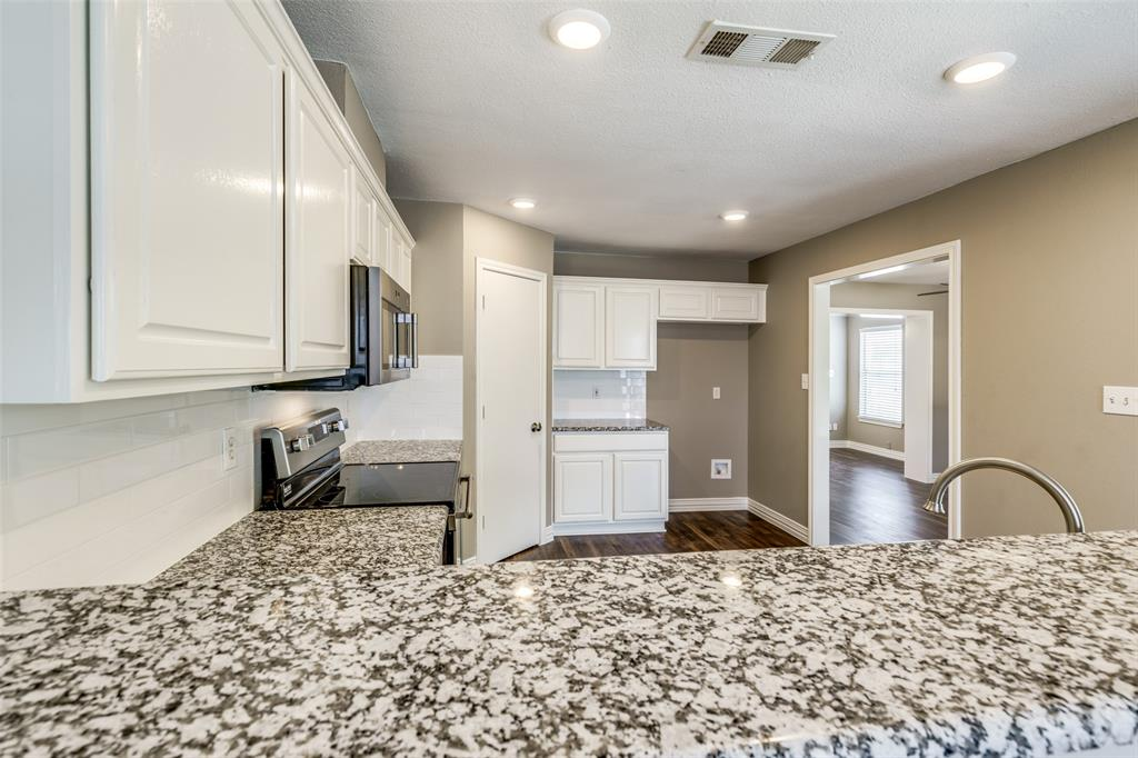 823 Ogden Drive, Arlington, Texas 76001 - acquisto real estate best new home sales realtor linda miller executor real estate