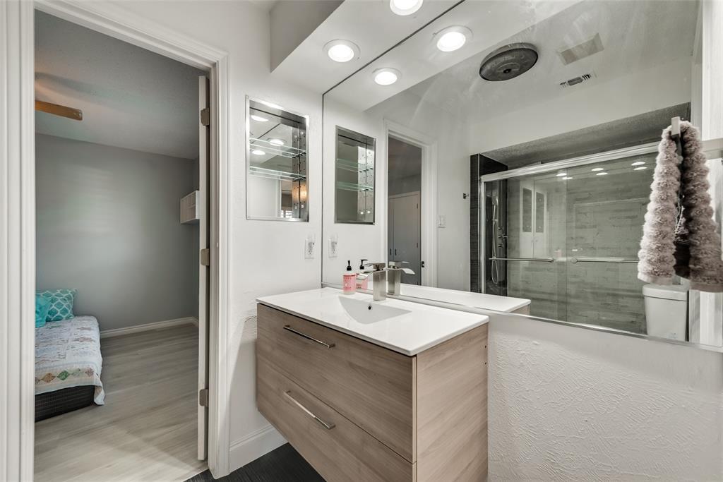 305 Stony Creek Drive, DeSoto, Texas 75115 - acquisto real estate best designer and realtor hannah ewing kind realtor