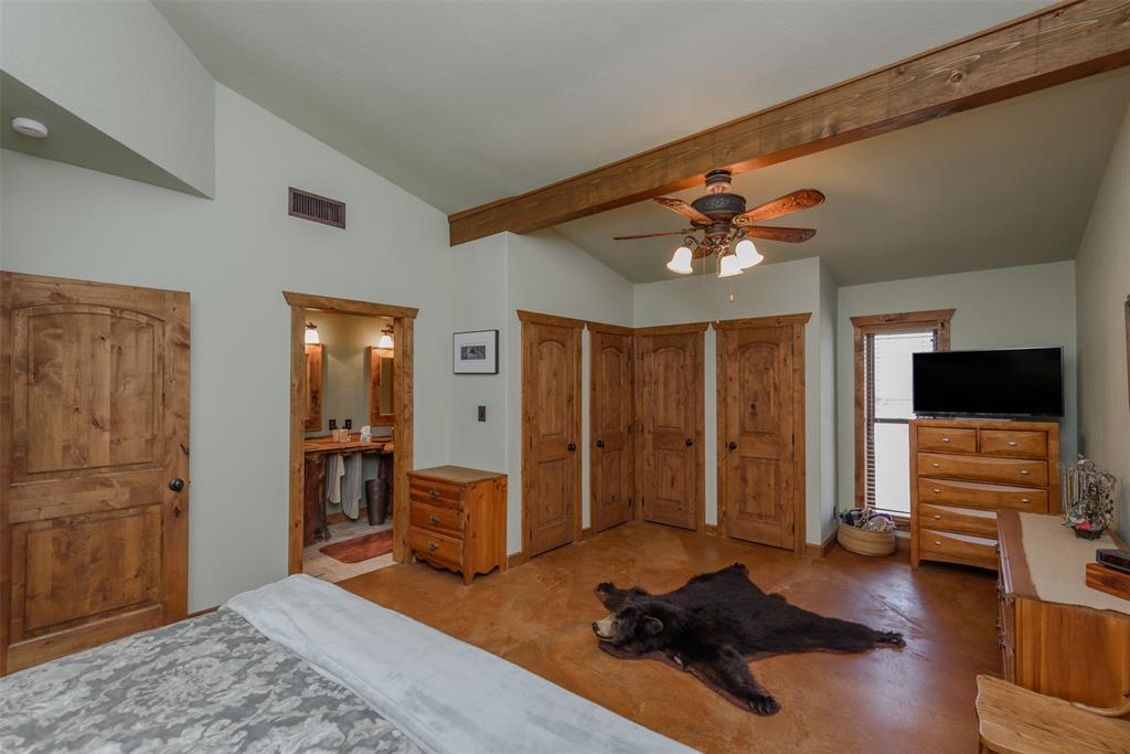 217 CR 1109 Decatur, Texas 76234 - acquisto real estate best listing listing agent in texas shana acquisto rich person realtor
