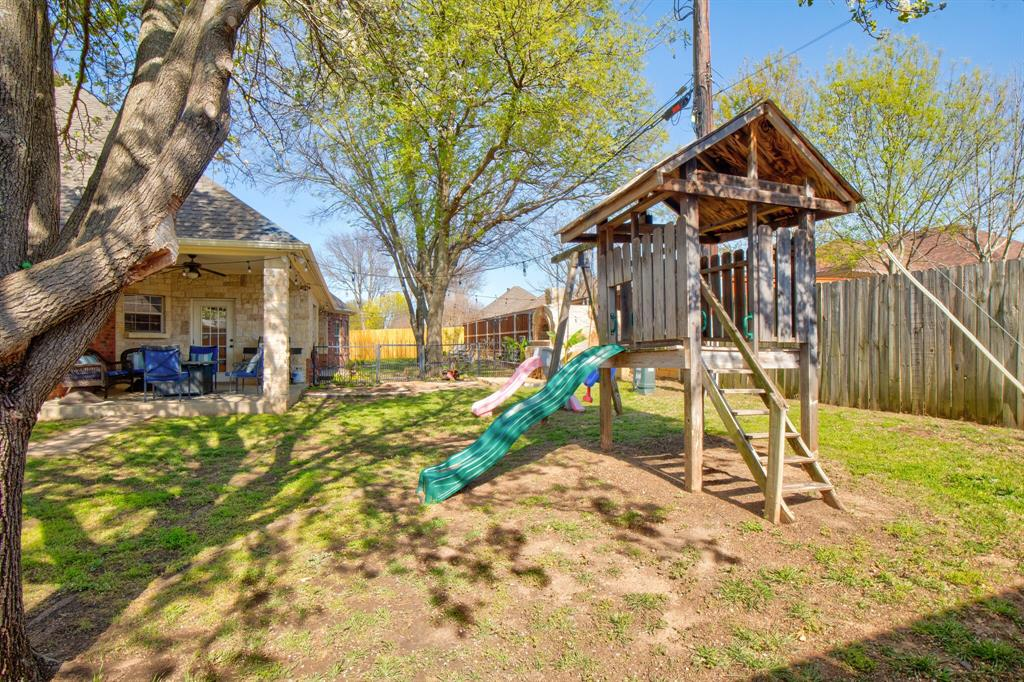 1805 Westhill Drive, Cleburne, Texas 76033 - acquisto real estate best luxury home specialist shana acquisto