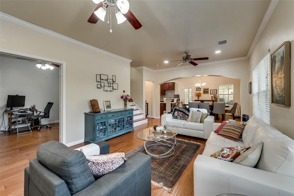121 Barrington Lane, Lewisville, Texas 75067 - acquisto real estate best celina realtor logan lawrence best dressed realtor