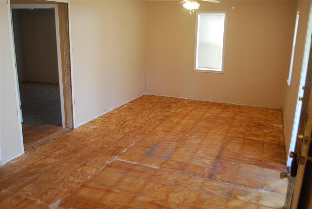 202 McFall Street, Whitesboro, Texas 76273 - acquisto real estate best listing agent in the nation shana acquisto estate realtor