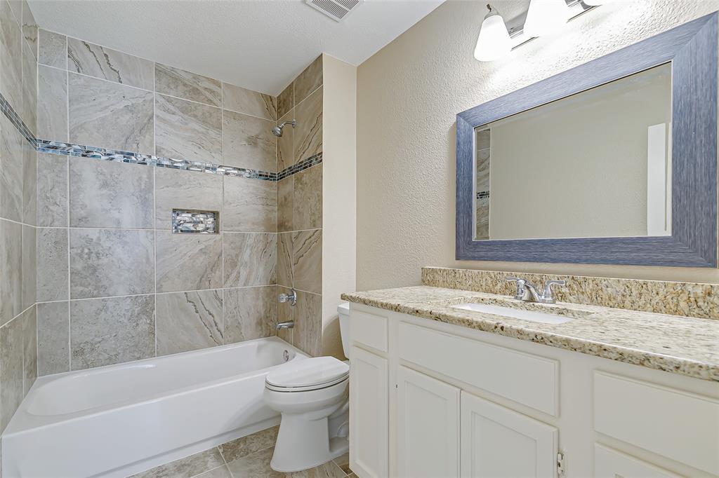 2109 Via Estrada Carrollton, Texas 75006 - acquisto real estate best park cities realtor kim miller best staging agent