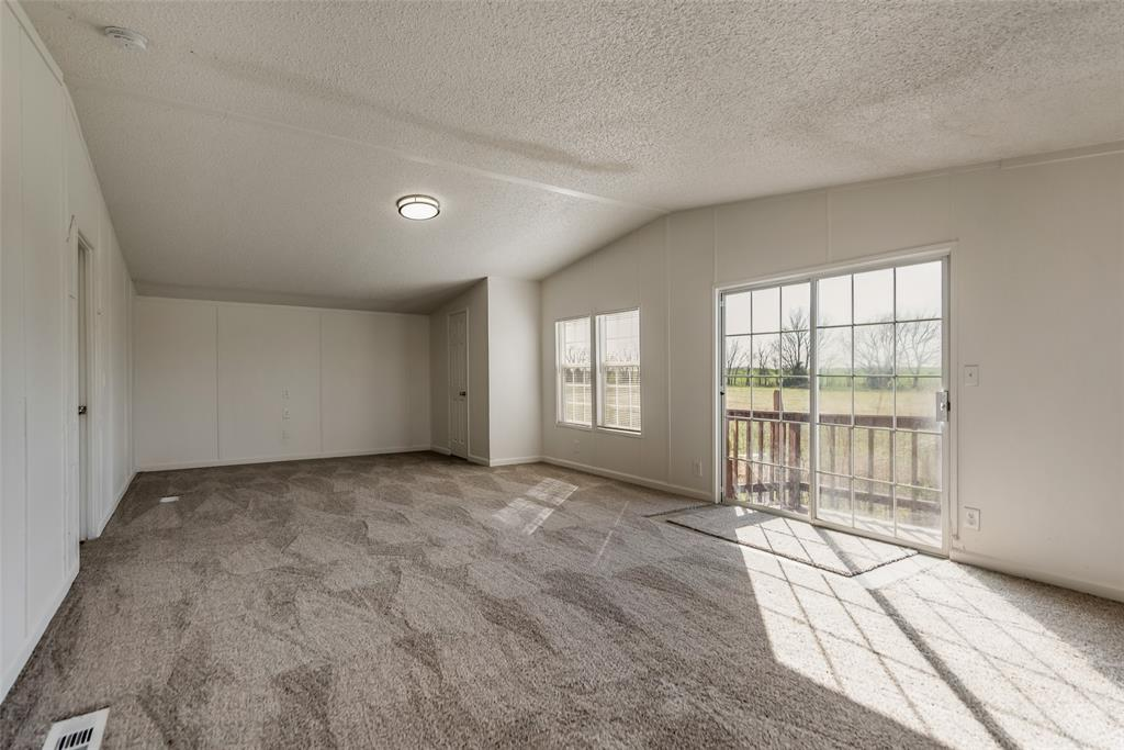 8288 Fm 697  Whitewright, Texas 75491 - acquisto real estate best real estate company to work for