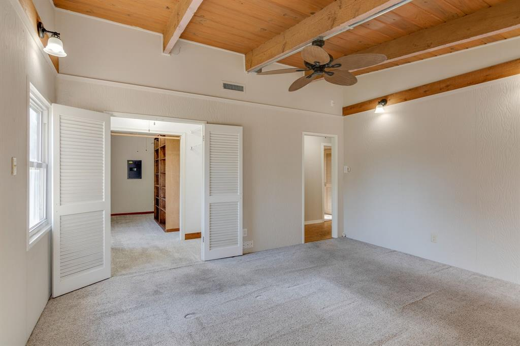 1941 Standish Drive, Irving, Texas 75061 - acquisto real estate best negotiating realtor linda miller declutter realtor
