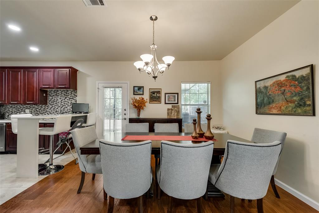 121 Barrington Lane, Lewisville, Texas 75067 - acquisto real estate best highland park realtor amy gasperini fast real estate service