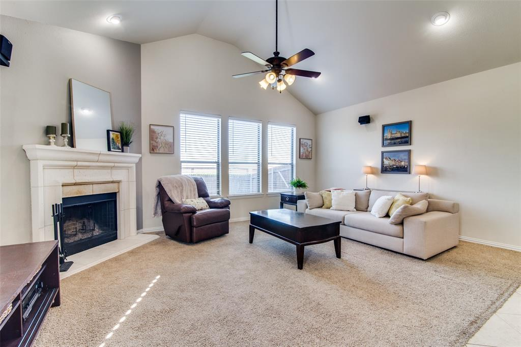 4806 Snowdrop Drive, Garland, Texas 75043 - acquisto real estate best celina realtor logan lawrence best dressed realtor