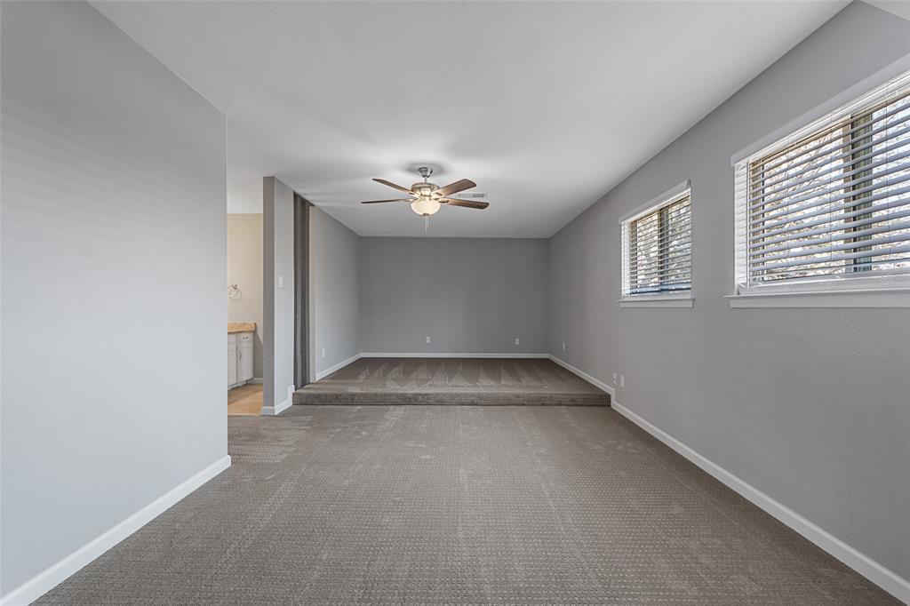 2412 Via Bonita  Carrollton, Texas 75006 - acquisto real estate best style realtor kim miller best real estate reviews dfw