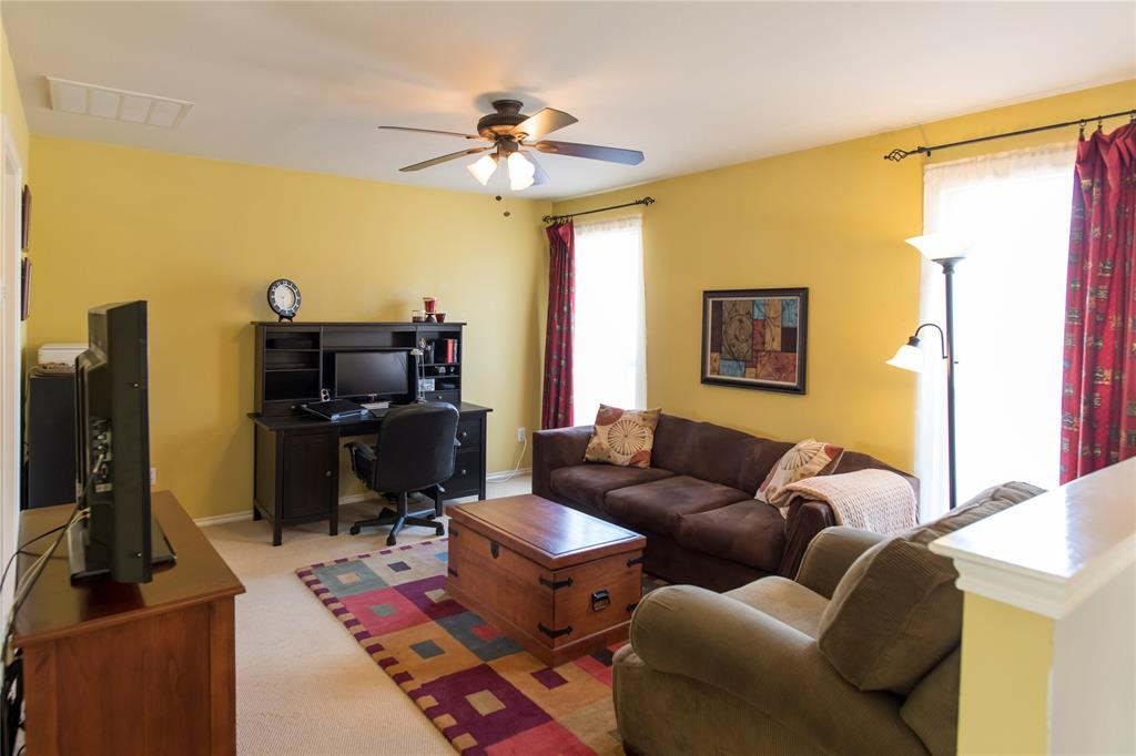 3847 Stockton Lane, Dallas, Texas 75287 - acquisto real estate best realtor dfw jody daley liberty high school realtor