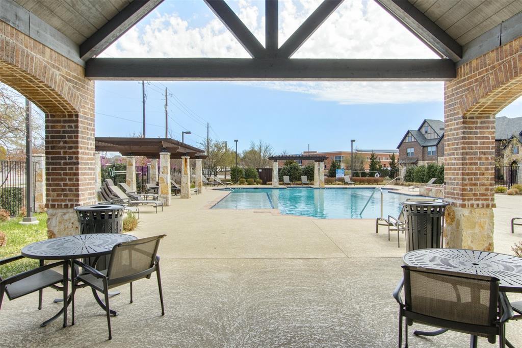 4670 Rhett Lane, Carrollton, Texas 75010 - acquisto real estate best frisco real estate broker in texas for high net worth buyers