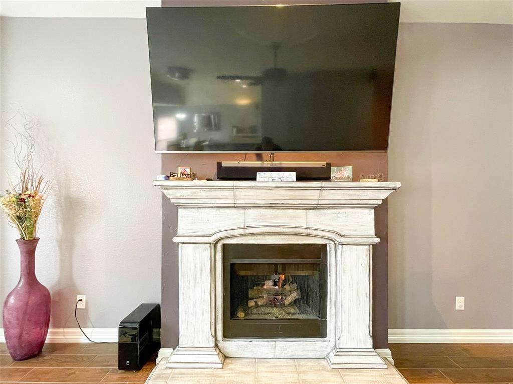8633 Deepwood Lane, Fort Worth, Texas 76123 - acquisto real estate best highland park realtor amy gasperini fast real estate service