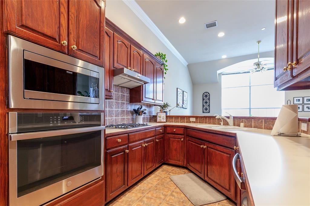 4126 Curtis  Court, Addison, Texas 75001 - acquisto real estate best highland park realtor amy gasperini fast real estate service